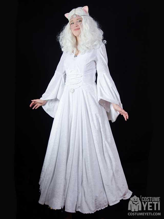 Silver the Purrsian Princess