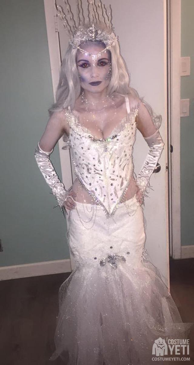 Homemade Ice Queen Costume | Costume Yeti